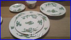 12 place settings 93 pc lot of mikasa Manchu narumi Green willow fine China