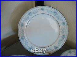 20 Pieces Contemporary Noritake Blue Hill China 4 Five Piece Place Settings