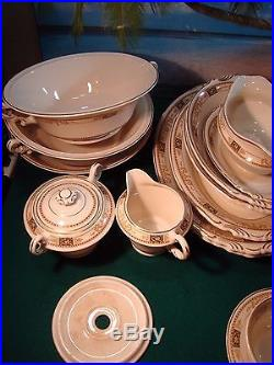 93 Piece Set Of Old Ivory Syracuse China Webster, Service For 12