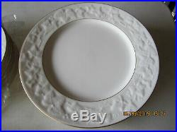 Brand New Noritake 7341 HALLS OF IVY China from Japan 8 Piece Place Setting