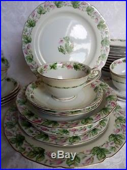 Gorgeous Aladdin Fine China Dinner set for 12 Occupied Japan Hand Painted Mint