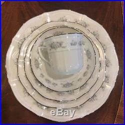 Large Noritake Ivory Fine China Dinner Service Set for 12 Scalloped Platinum Rim