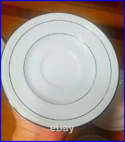 NEW Noritake China 4 Place Settings Stoneleigh 4062 White Scapes Dinnerw