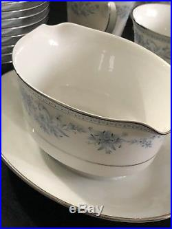NORITAKE Contemporary Fine China BLUE HILL #2482 43 Piece Set Service for 8