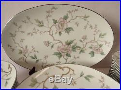 NORITAKE china CHATHAM 5502 pattern 64 piece SET EXCELLENT