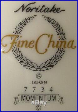 NORITAKE china MOMENTUM pattern 60-piece SET SERVICE for Twelve (12)