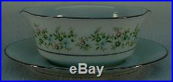 NORITAKE china SAVANNAH 2031 pattern 76-piece SET SERVICE for TWELVE (12)