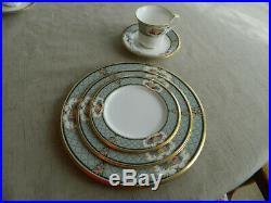 Noritake Bone China Royal Emblem #4587 Dinnerware Set for 8 15-4