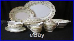 Noritake COLUMBINE Pre-1933 China Set with Serving, Service for 10