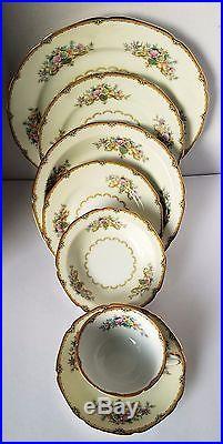 Noritake China 67 PC Dinnerware Set Pattern# N553 Circa 1933