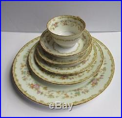 Noritake China Columbine 80PC Dinnerware Set Vintage