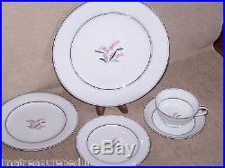 Noritake China Crest pattern Lily of the Valley 5 piece Place Setting up to 8
