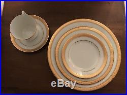 Noritake China Crestwood Gold 40 pc set, Service for 8