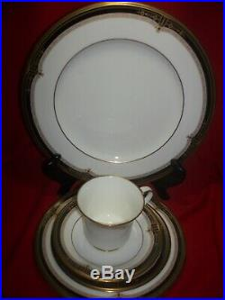 Noritake China Gold and Sable 5 Piece Place Setting NEW