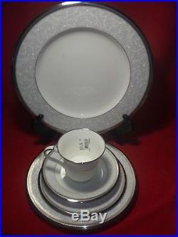 Noritake China Lenore Platinum 5 Piece Place Setting NEW