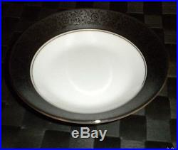 Noritake China Set Mirano #6878 Pattern 36 Pcs Service For 6