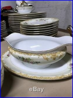 Noritake China florale 81 pieces Dinnerware Set Circa 1933 RARE AND PERFECT