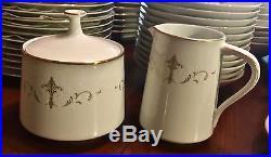 Noritake Courtney 6520 China Set 86 Pieces White and Gold Scroll JJ0497