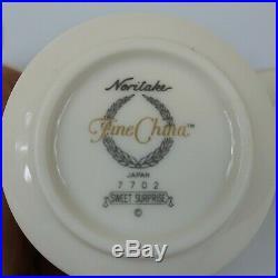 Noritake Fine China Sweet Surprise Preowned. 18pc set. No chips or cracks