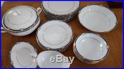 Noritake Impression Dinner Set Bone China 6 Person Dinner Service