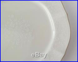 Noritake Ivory China Chandon Gold Rim #7306 Coffee & Dessert Set 16 Pieces