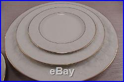 Noritake Ivory China HALLS OF IVY Gold 20 Piece Set Service For Four