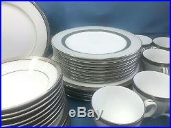 Noritake Metropolitan Platinum 44-Piece Dinnerware Set Mint Condition