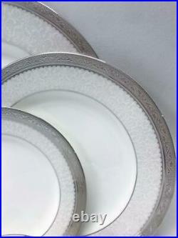 Noritake Odessa Platinum 5 Piece Bone China Dinnerware Place Settings Set