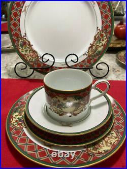 Noritake Royal Hunt Christmas Holiday China Set for Six
