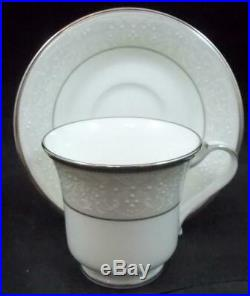 Noritake SILVER PALACE 5 Piece Place Setting Bone China 4773N A+ CONDITION withtag