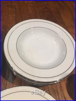 Noritake White Scapes Stoneleigh China For 6 (5 Piece Setting) Excellent