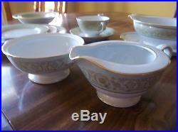 Noritake china viscount 6845 12 place settings 7 service pieces