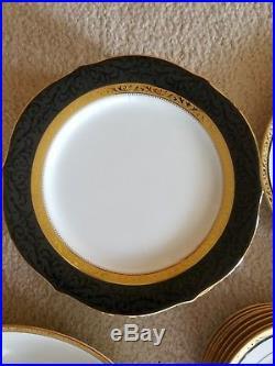 Noritake regent gold china set