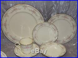 R C Noritake China Linda pattern 48 pc Dinnerware Set
