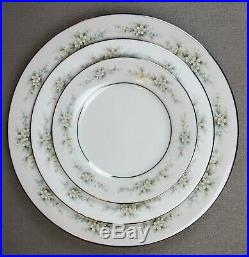 Superb vintage Noritake MELISSA fine china Dinner Service Set for 8. Plates etc