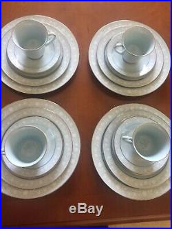 Vintage Noritake China LOVE SONG 8002 (20-piece Dinnerware Set)